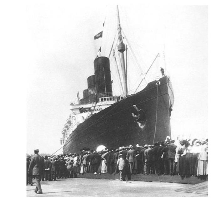 lucitania-troopship